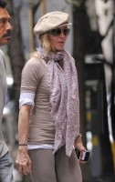 Madonna at the Kabbalah Centre in New York, 24 Septembre 2011 (4)