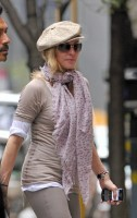 Madonna at the Kabbalah Centre in New York, 24 Septembre 2011 (5)