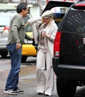 Madonna out and about in New York, 23 September 2011 (1)