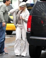 Madonna out and about in New York, 23 September 2011 (2)