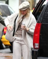 Madonna out and about in New York, 23 September 2011 (4)