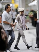 Madonna at the Kabbalah Centre in New York, 24 Septembre 2011 - Update 01 (9)