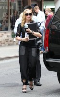 Madonna out and about in New York, 27 September 2011 (1)