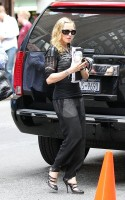 Madonna out and about in New York, 27 September 2011 (3)