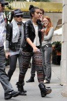Madonna and Lourdes out and about in New York, 1 October 2011 - update 01 (7)