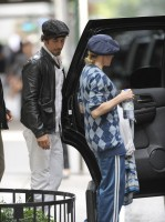 Madonna at the Kabbalah Centre in New York, 30 Septembre 2011 (3)