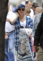 Madonna at the Kabbalah Centre in New York, 30 Septembre 2011 (5)