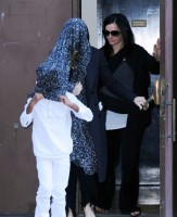 Madonna at the Kabbalah Centre in New York, 8 October 2011 (1)