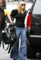 Madonna out and about in New York, 11 October 2011 (6)