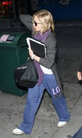 Madonna out and about in New York, 17 October 2011 (5)
