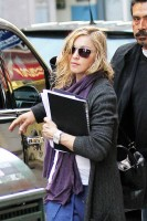 Madonna out and about in New York, 17 October 2011 (9)