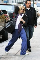 Madonna out and about in New York, 17 October 2011 (10)