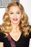 Madonna at the UK premiere of W.E. at the BFI London Film Festival - 23 October 2011 - UPDATE 4 (15)