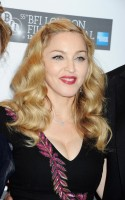 Madonna at the UK premiere of W.E. at the BFI London Film Festival - 23 October 2011 - UPDATE 3 (16)