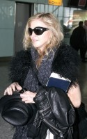 Madonna at Heathrow airport, October 24 2011 (8)