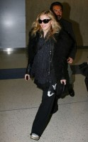 Madonna arriving at JFK airport, New York - 24 October 2011 (14)