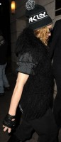Madonna out and about in New York, 2 December 2011 (3)