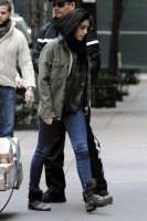 Madonna leaving the Kabbalah Centre in New York, 3 December 2011 (7)