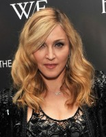 Madonna at the Cinema Society & Piaget screening  of WE, MOMA New York, 4 December 2011 (16)
