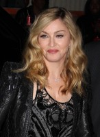 Madonna at the Cinema Society & Piaget screening  of WE, MOMA New York, 4 December 2011 - Update (29)