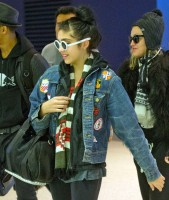Madonn at JFK airport, New York - 23 December 2011 (4)