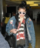 Madonn at JFK airport, New York - 23 December 2011 (5)