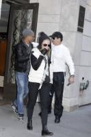 Madonna at the Kabbalah Centre in New York, 7 January 2012 (6)