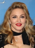 Madonna at the UK premiere of WE at the Odeon Kensington in London - 11 January 2012 - Update 3 (19)