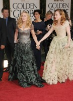 Madonna at the Golden Globes, Red Carpet - 15 January 2012 - Update 01 (26)