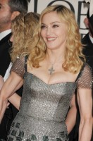 Madonna at the Golden Globes, Red Carpet - 15 January 2012 - Update 01 (31)