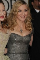Madonna at the Golden Globes, Red Carpet - 15 January 2012 - Update 01 (38)