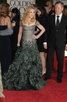 Madonna at the Golden Globes, Red Carpet - 15 January 2012 - Update 01 (41)