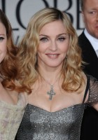 Madonna at the Golden Globes, Red Carpet - 15 January 2012 - Update 01 (44)
