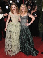 Madonna at the Golden Globes, Red Carpet - 15 January 2012 - Update 01 (55)