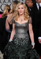 Madonna at the Golden Globes, Red Carpet - 15 January 2012 - Update 01 (72)