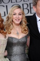 Madonna at the Golden Globes, Red Carpet - 15 January 2012 - Update 01 (81)