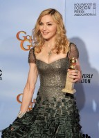 Madonna at the Golden Globes, Press Room - 15 January 2012 (1)