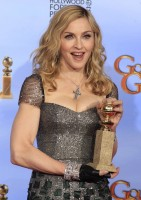 Madonna at the Golden Globes, Press Room - 15 January 2012 (3)