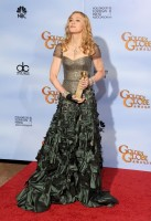 Madonna at the Golden Globes, Press Room - 15 January 2012 (6)
