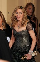 Madonna at the Golden Globes, Press Room - 15 January 2012 (8)