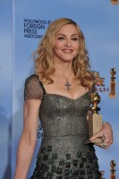 Madonna at the Golden Globes Press Room, 15 January 2012 - Update 01 (17)