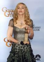 Madonna at the Golden Globes Press Room, 15 January 2012 - Update 01 (24)
