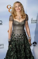 Madonna at the Golden Globes Press Room, 15 January 2012 - Update 01 (25)