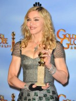 Madonna at the Golden Globes Press Room, 15 January 2012 - Update 01 (35)