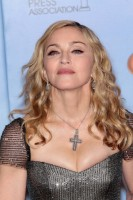Madonna at the Golden Globes Press Room, 15 January 2012 - Update 01 (45)