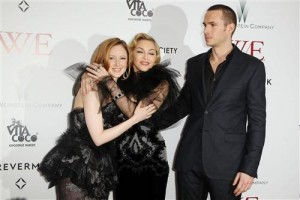Madonna at the WE premiere at the Ziegfeld Theater, New York - 23 January 2012 - Update 1 (17)