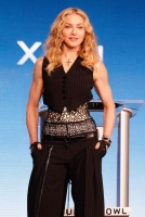 Madonna at the Super Bowl press conference - 2 February 2012 (5)