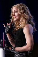 Madonna at the Super Bowl press conference - 2 February 2012 - Update 01 (4)