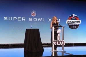 Madonna at the Super Bowl press conference - 2 February 2012 - Update 01 (18)