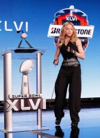 Madonna at the Super Bowl press conference - 2 February 2012 - Update 01 (21)